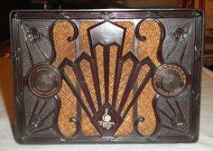 Vintage 1930's Emerson Deco Bakelite Radio Beautiful | eBay
