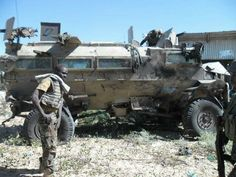 Casspir hit by IED 1 metre from it. Once Were Warriors, South Afrika, Military Branches, Brothers In Arms, Green Beret, Defence Force, Tactical Survival, Troops, Soldiers