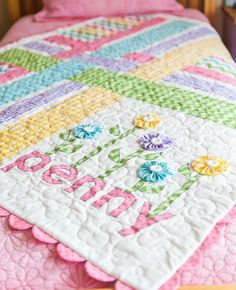 Penny's Garden FREE quilt pattern from Riley Blake Designs! #iloverileyblake