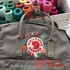 Various Features of Cute School Bags – Bags & Purses Mochila Kanken, Kanken Backpack, Diy Embroidery, Embroidery Stitches, Embroidery Patterns, Embroidery Fashion, Diy Broderie, School Bags, School Ideas