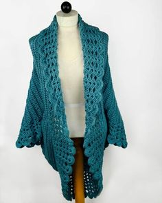 Watch Maggie review this beautiful Shell Edged Jacket Crochet Pattern! Original Crochet Design by: Maggie Weldon Skill Level: Easy Size: Small: Fits from Misses