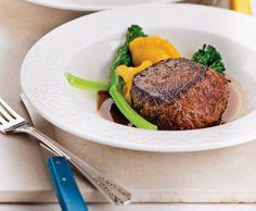Médaillons de boeuf, jus à l'estragon **Nouveau** Steak, Food, Healthy Balanced Diet, Oven Cooking, Suppers, Juice, Eat, Essen, Eten