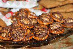 Rolo Pretzel Turtles - Super Easy Turtle Candy
