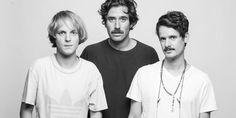 Cosa ascoltano i Thegiornalisti mentre sono in tour? Ascolta il loro Mixtape Furgone. #music #playlist
