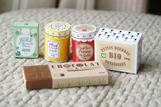 Les découpages d'Hugo l'escargot sont une mine, ici le kit de la marchande : http://www.hugolescargot.com/decoupages/decoupage-kit-marchande-bio.html