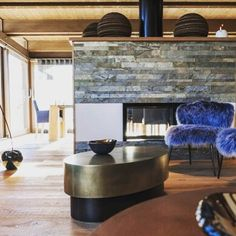 Très chic and yours if you say so... Stunning alpine properties for sale at http://ift.tt/1xmGV8n #Ski #Property #Design #InteriorDesign #Home