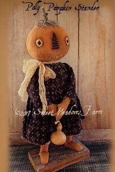 Polly Pumpkin Stander Primitive Pumpkin Cloth Doll Making Sewing Pattern Halloween Art Projects, Halloween Sewing, Halloween Doll, Halloween Patterns, Halloween 2019, Primitive Doll Patterns, Doll Patterns Free, Doll Sewing Patterns, Fall Patterns