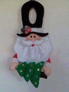 Imagen relacionada Christmas Projects, Christmas Humor, Felt Crafts, Holiday Crafts, Christmas Holidays, Diy And Crafts, Christmas Sewing, Christmas Fabric, Handmade Christmas