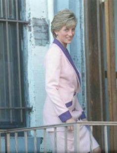 Princess Diana opens 'Grandma's House'- Home for children infected with HIV, Washington DC, USA 1990