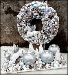 Christmas Candle, Diy Christmas Ornaments, Christmas 2019, Winter Christmas, Handmade Christmas, Christmas Wreaths, Christmas Decorations, Xmas, Natal Diy