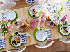 Fiecare fel de mâncare are locul lui. PANNÅ Suport farfurie, verde 6,99 lei www.IKEA.ro/PANNA_suport_farfurie