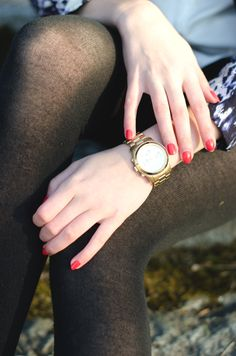 Red nails Michael Kors Watch