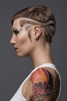 #hairfucker #hairdresser #hairdressing #blue #bluehair #cool #prettygirl #haircut #inspiration #tattoogirl
