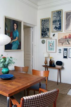 Pretty art collection, curated gallery wall, retro vintage home decor design inspiration