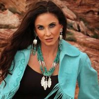 Lone Eagle Studios One of a Kind Turquoise Feather Necklace from Cowgirl Kim-beautiful necklace and matching earings! Cowgirl Chic, Western Chic, Cowgirl Style, Cowgirl Fashion, Turquoise Dress, Turquoise Jewelry, Southwest Style, Southwestern Jewelry, Santa Fe Style