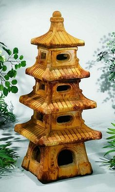 Japanese Stone Lanterns, Outdoor Projects, Outdoor Decor, Ceramic Lantern, Cement Art, Garden Lanterns, Clay Houses, Ceramics Projects, Garden Trellis