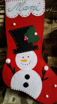 Christmas Drawing, Felt Christmas, Homemade Christmas, Christmas Holidays, Christmas Ornaments, Christmas Lanterns, Christmas Decorations, Stocking Decorating, Stocking Ideas