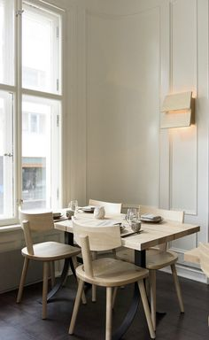 Get Inspired By These Sensational Restaurant's Dining Room Ideas | Let yourself be inspired by these phenomenal dining room ideas from some of the best restaurant interiors across the world, from Paris to Chicago. Read more at: http://diningroomideas.eu/inspired-sensational-restaurants-dining-room-ideas/