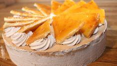 Die Dobostorte ist die bekannteste ungarische Torte. Sie besteht aus bis zu acht Schichten Biskuit und Schokoladen-Creme, sowie...