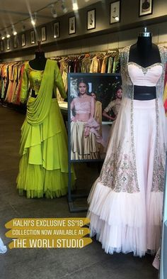Western Dresses, Indian Dresses, Indian Outfits, Bridal Mehndi Dresses, Desi Wedding Dresses, Reception Gown, Party Wear Lehenga, Lehenga Designs, Types Of Dresses