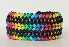 Items similar to Rainbow Loom Bracelet Snake Belly on Etsy Rainbow Loom Dress, Rainbow Loom Patterns, Rainbow Art, Paracord, Monster Tail Loom, Crazy Loom, Loom Craft, Snake Jewelry, Snake Bracelet