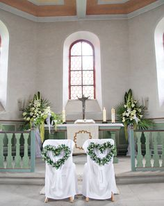 Church wedding decoration: 65 magical church decoration ideas Wedding flowers, we Church Wedding Decorations, Ceremony Decorations, Wedding Centerpieces, Post Wedding, Free Wedding, Wedding Blog, Wedding Ideas, Magical Wedding, Wedding Chairs