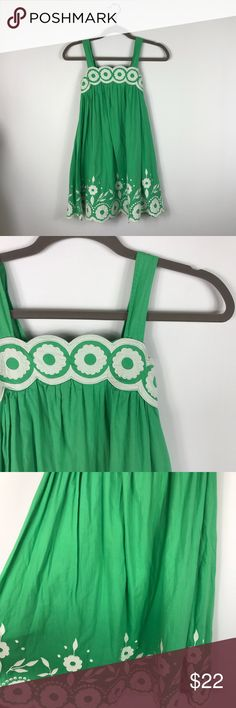 "{Mini Boden} Green White Floral Applique Sun Dress Excellent Pre-loved Condition! Mini Boden Girls Green White Floral Applique Lined Sun Dress   Size: Girls 9-10 Y Measured laying down flat: 30.5"" long, 12.5"" across chest Material: Shell and Lining 100% Cotton Description: Side zipper, lined, elastic material in the back for stretch, adjustable straps, floral applique and embroidered detail, spaghetti straps  Comes from a Smoke Free Home. ID: 1473- Mini Boden Dresses Casual"