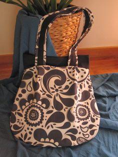 Almofada d'Alfazema: A minha primeira mala :) Que tal?