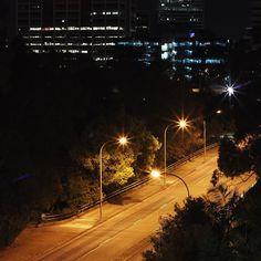Parramatta streets at night #discoverparramatta #latergram #canoneos100d #canon100d #eos100d #nighttime #street #vsco #vscomania #lights #streetlight #sydneysiders #sydneyigers #parramatta #night