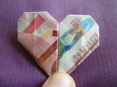 Marly Design: geld hartje vouwen / folding money heart