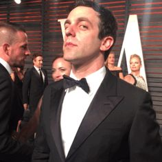 New party member! Tags: looking bj novak vanity fair 2016 vanity fair oscar party look up The Office Ryan, 3 Day Diet Plan, Vanity Fair Oscar Party, Party Looks, New Trends, Looking Up, Clean House, Maid, Funny Pictures