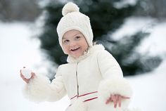 The Swedish Royal Court has released photos to mark the 3rd birthday of Princess Estelle of Sweden.23/02/2015