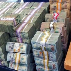 Money gold cash stack earn goals and motivation wealth and dollar bills rich lifestyle Money On My Mind, My Money, Make Money From Home, Way To Make Money, Extra Money, Make Money Online, How To Make, Cash Money, Cash Cash