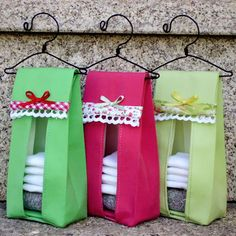 Diy diaper stacker: this would come in handy! No tute or pattern, just inspiration