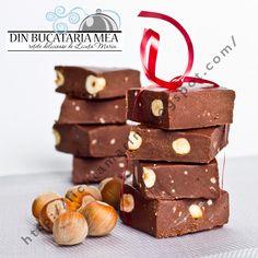 Am incercat diferite variante pentru ciocolata de casa si din multe retete adunate, putin modificate, am ramas la aceasta:))          ...