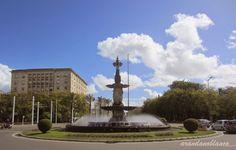 Parque Maria Luisa: Fuente de las Cuatro Estaciones - La Pasarela  -  ...