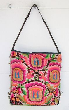 love this tote  hippie bag