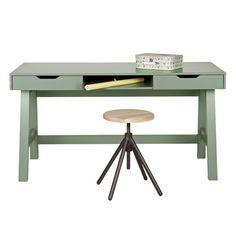 Nikki-Green-Desk.jpg