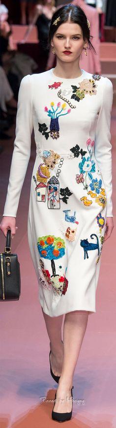 Dolce & Gabbana.Fall 2015. Embroidered scene