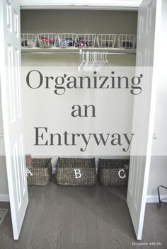 An Easy & Simple System for an Organized Entryway - Not only in preparation for the snow, but even more importantly for the daily school shuffle. Fridge Organization, Entryway Organization, Craft Organization, Organized Entryway, Organizing Tips, Organizing Solutions, Custom Home Plans, Drop Zone, Waterproof Flooring