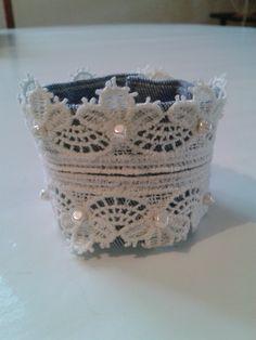 bracelet jean, dentelle et perles renaissance en verre