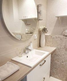 Fresh and clean  toilet✅🍀 WC:n siivouksen yhteydessä lisäsin tasolle Bolsiuksen tuoksutikut, jotka tuoksuu vihreälle omenalle🍏Ihanan raikas ja puhdas tuoksu🍀 #wc #koti #huonetuoksu #toilet #home  #interior #homefragrance