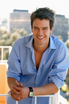 Josh Duhamel sexy as ever