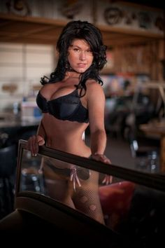 Angie from Full Throttle Saloon