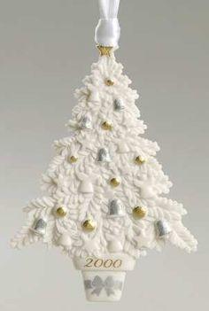 Wedgwood 2000 Christmas Tree