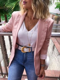 90 Sophisticated Work Attire and Office Outfits for Women to Look Stylish and Chic - Lifestyle State Casual Work Outfits, Business Casual Outfits, Mode Outfits, Office Outfits, Work Attire, Classy Outfits, Chic Outfits, Spring Outfits, Trendy Outfits