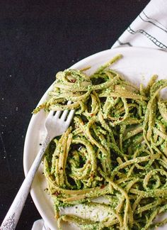 Get your greens and omega-3's with this kale pesto - cookieandkate.com