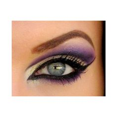 Middle Eastern style of makeup is very precise, with well groomed brows and strongly lined and shadowed eyes. Every part of the face is paid attention. Think K…