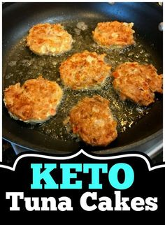 This Keto Tuna Cakes Recipe was made by accident but turned out ABSOLUTELY DELICIOUS! If you like tuna, you will love this tuna patties recipe! It's a keto diet recipe that is easy to make and is sure to please your family! Fish Recipes, Low Carb Recipes, Cooking Recipes, Healthy Tuna Recipes, Vegetarian Cooking, Healthy Food, Recipies, Keto Diet Side Effects, Low Carb Brasil