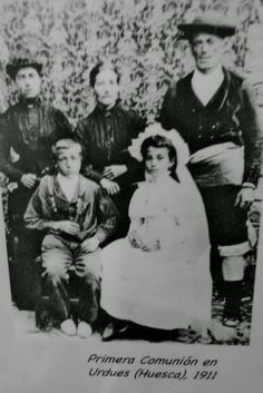 ECHO SIN HACHE: FOTOGRAFIA ANTIGUA: 1911 COMUNION EN URDUÉS